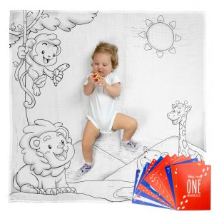 Lifestyle product photographer – Baby blanket and mom